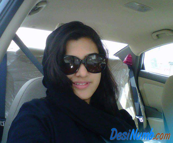 Pakistani Karachi Girl Nadia Qureshi Mobile Number