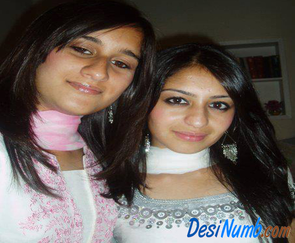 Pakistani College Beautiful Girls Wallpapers 2013,Pakistani Girls Wallpapers 2013,Pakistani Desi Girls Wallpapers 2013,Pakistani Girls Wallpapers,Desi Pakistani Girls Wallpapers 2013,